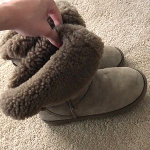 Emu ugg boots size 7 in light brown